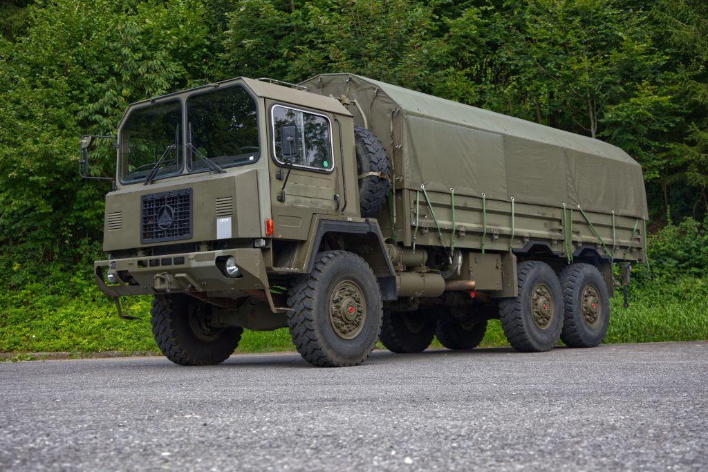 Saurer 10 DM Lastw 10t gl 6x6, Jahrgang 1985